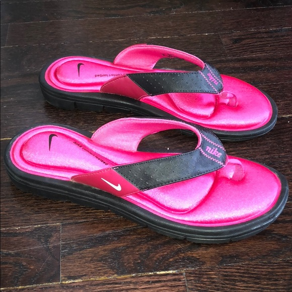 Nike Cushioned Flip Flops!